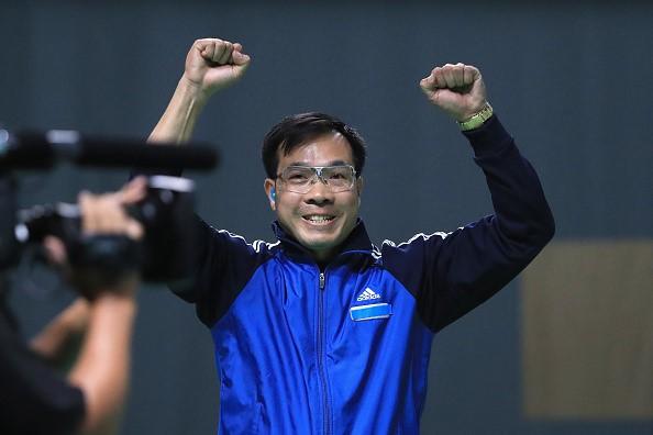 Xạ thủ Hoàng Xuân Vinh trở thành VĐV đầu tiên trong lịch sử Việt Nam giành HCV Olympic - Ảnh 4.