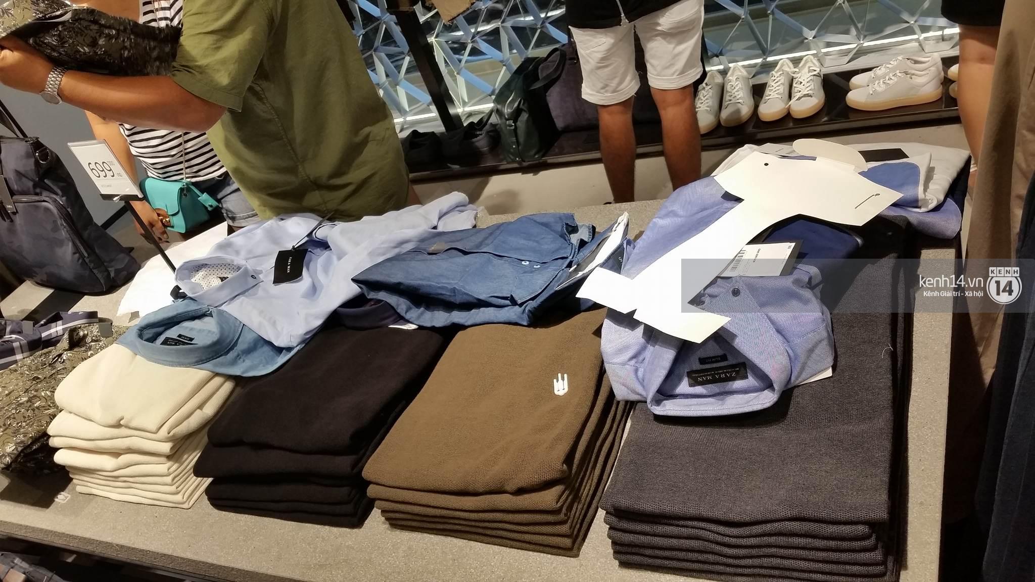 Gần đến giờ đóng cửa, store Zara Việt Nam vẫn đông nghịt, từng hàng dài chờ thanh toán hóa đơn cả chục triệu - Ảnh 12.
