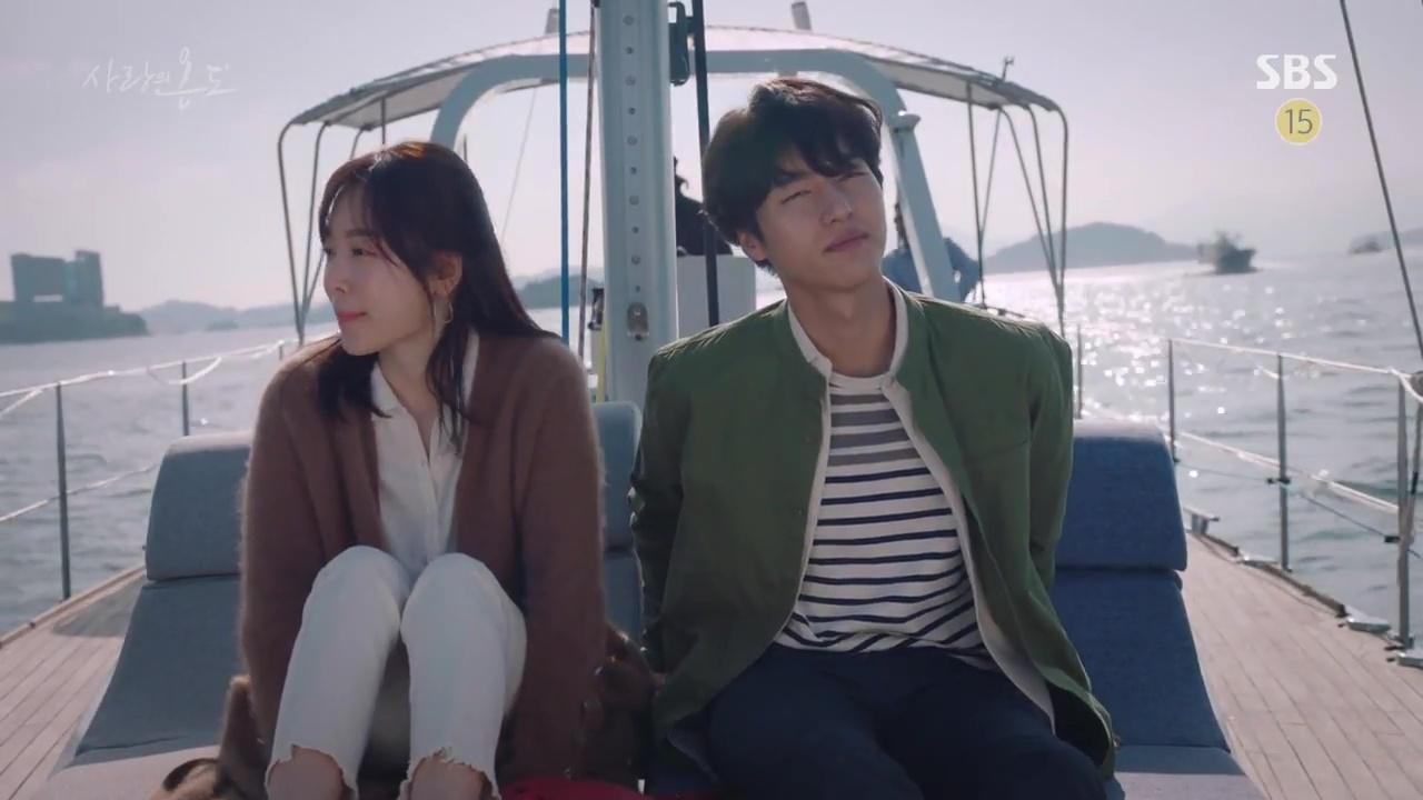 Nam thứ đáng thương nhất Hàn Quốc: Cay đắng nhìn bạn thân và crush ôm nhau - Ảnh 18.