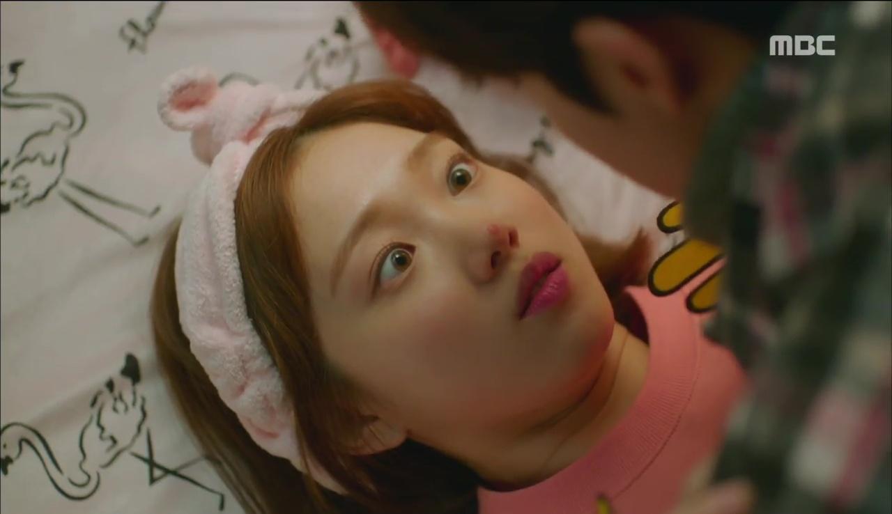 """""""Tiên Nữ Cử Tạ"""": Nam Joo Hyuk suýt thòng tim khi bị gấu phát hiện lén đi xem mắt - Ảnh 24."""