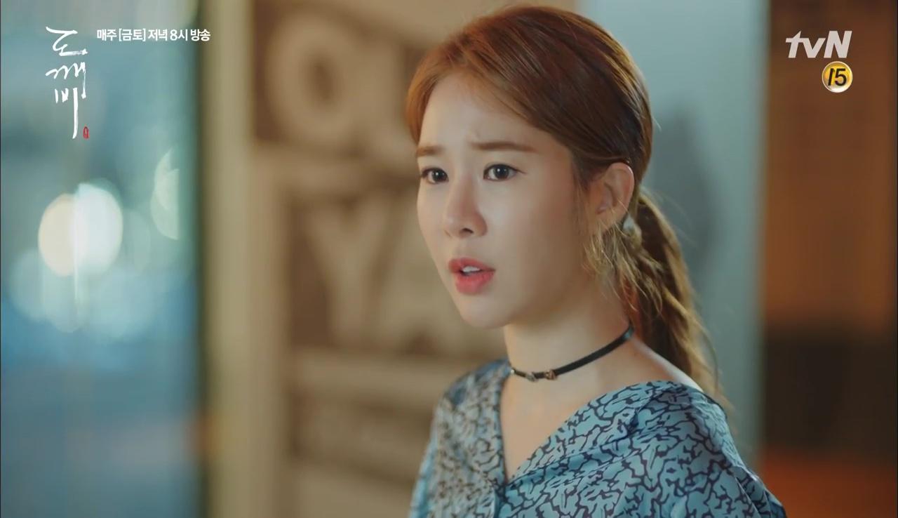 """""""Goblin"""": Xuất hiện thây ma đội mồ sống dậy, đe dọa cô dâu của Gong Yoo - Ảnh 26."""