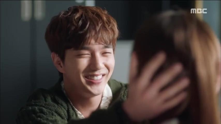 Trong phim, nhân vật Yoo Seung Ho bị mắc căn bệnh dị ứng khi tiếp xúc với người khác