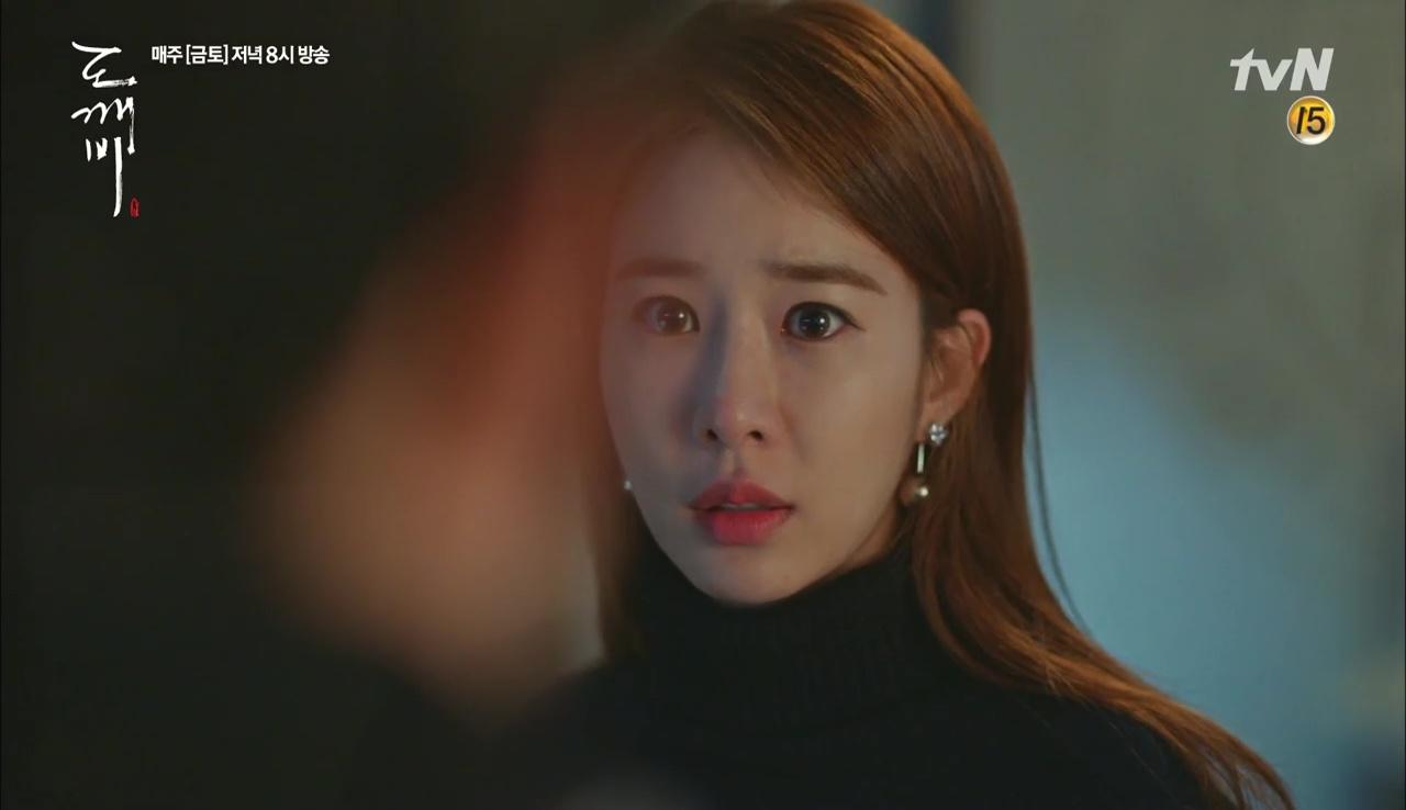 """""""Goblin"""": Xuất hiện thây ma đội mồ sống dậy, đe dọa cô dâu của Gong Yoo - Ảnh 42."""