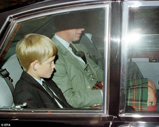 Hoàng tử Anh Harry nghẹn ngào nước mắt sau khi nghe tin công nương Diana qua đời: Mẹ mất thật rồi ạ? - Ảnh 2.