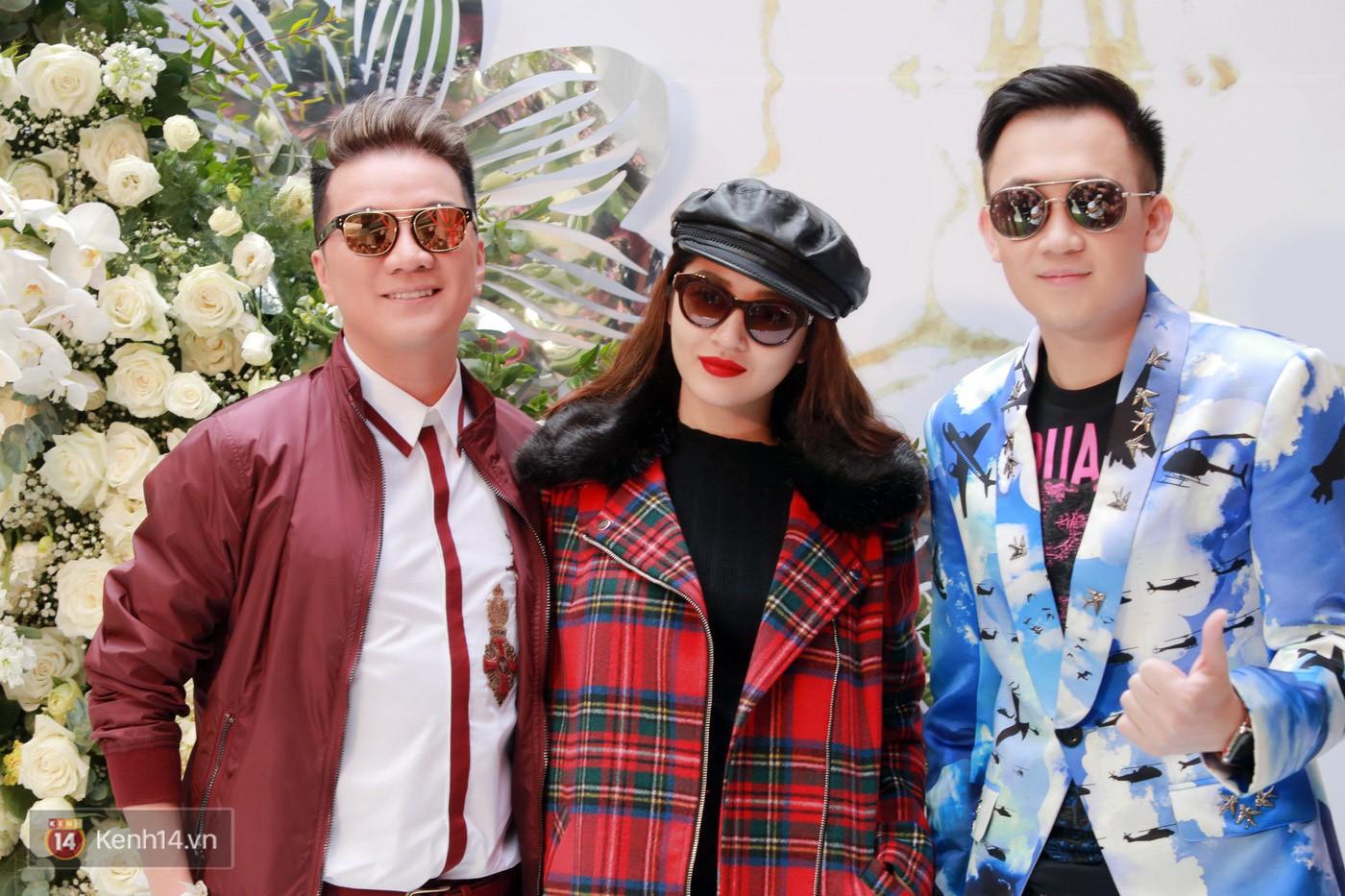 Sơn Tùng và Soobin Hoàng Sơn gây thích thú khi xuất hiện như anh em sinh đôi tại sự kiện - Ảnh 13.