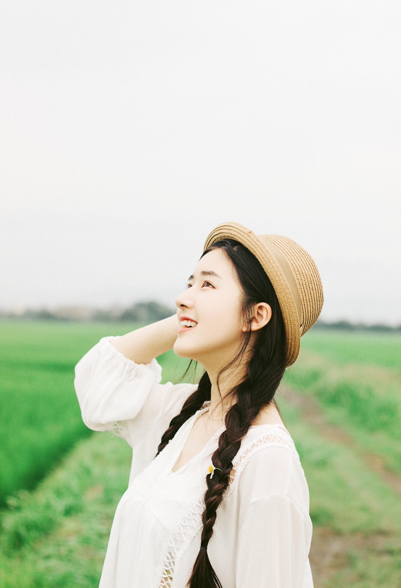 Cô bạn Trung Quốc với vẻ đẹp được ví như nắng sớm khiến người ta nhớ mãi không quên - Ảnh 2.
