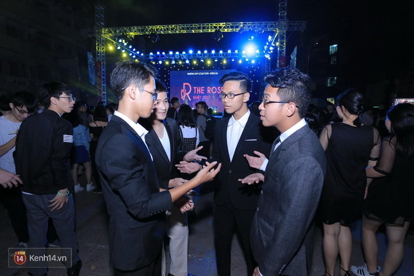 Trai xinh gái đẹp trường Lê Quý Đôn (Hà Nội) quẩy tưng bừng trong prom chào mừng 20/11 - Ảnh 4.