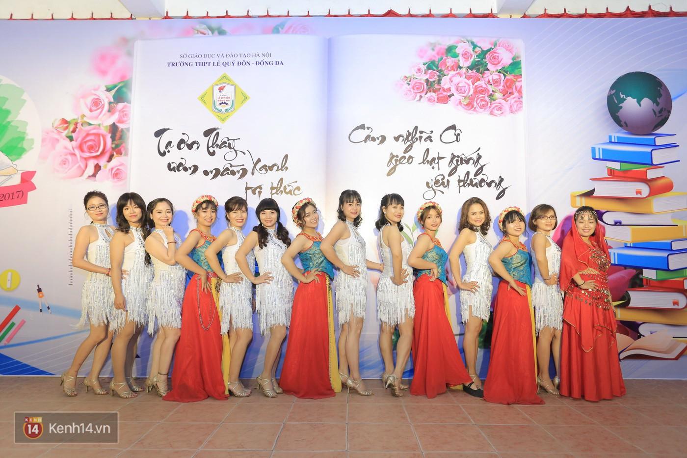 Trai xinh gái đẹp trường Lê Quý Đôn (Hà Nội) quẩy tưng bừng trong prom chào mừng 20/11 - Ảnh 11.