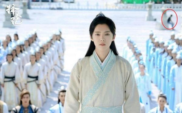 """""""Trạch Thiên Ký"""": Luhan đẹp đến mức che lấp cả đống sạn to đùng! - Ảnh 1."""