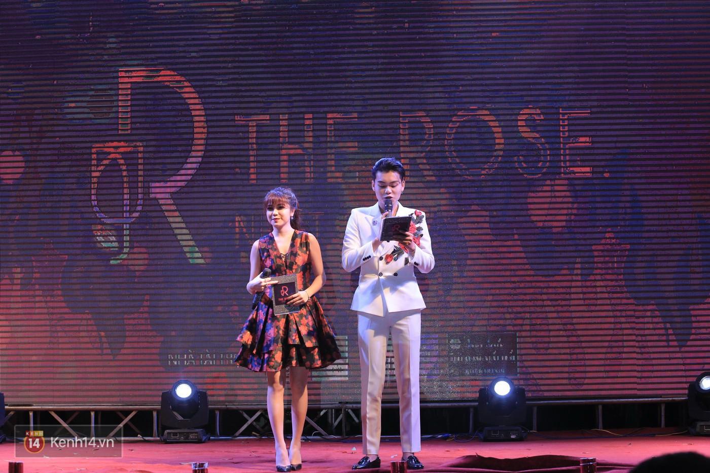 Trai xinh gái đẹp trường Lê Quý Đôn (Hà Nội) quẩy tưng bừng trong prom chào mừng 20/11 - Ảnh 15.