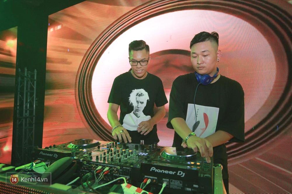 Kimmese và dàn DJ cuồng nhiệt cùng fan Hà Nội trong đêm nhạc EDM sôi động - Ảnh 2.