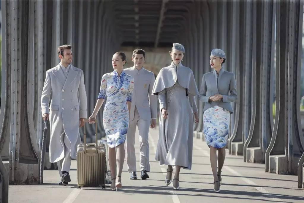 Đặt hẳn thiết kế Haute Couture làm đồng phục cho tiếp viên, Hainan Airlines chắc chắn là hãng hàng không chơi lớn nhất - Ảnh 5.
