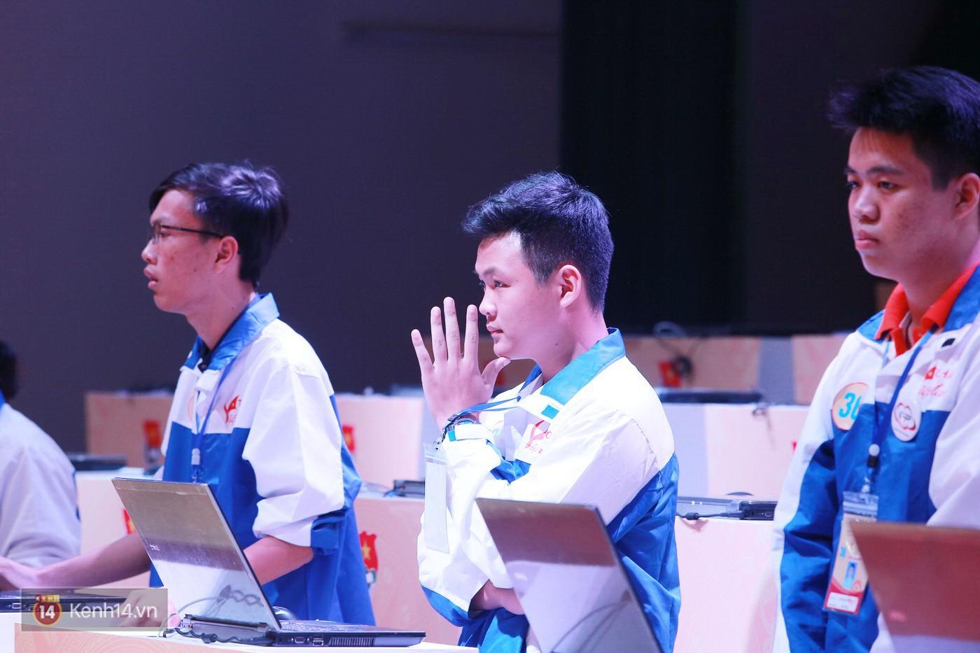Cuộc thi Tự hào Việt Nam 2017 gọi tên quán quân Hà Việt Hoàng - Ảnh 12.