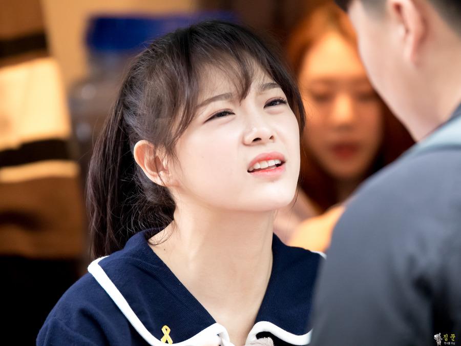 Kim Se Jeong – Nữ chính vô danh được Kim Yoo Jung nhường School 2017 là ai? - Ảnh 4.