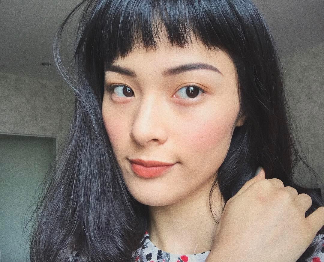Tưởng đã hạ nhiệt, mốt tóc mái Maruko ngắn cũn lại đang thu phục hàng loạt sao và hot girl Việt - Ảnh 7.