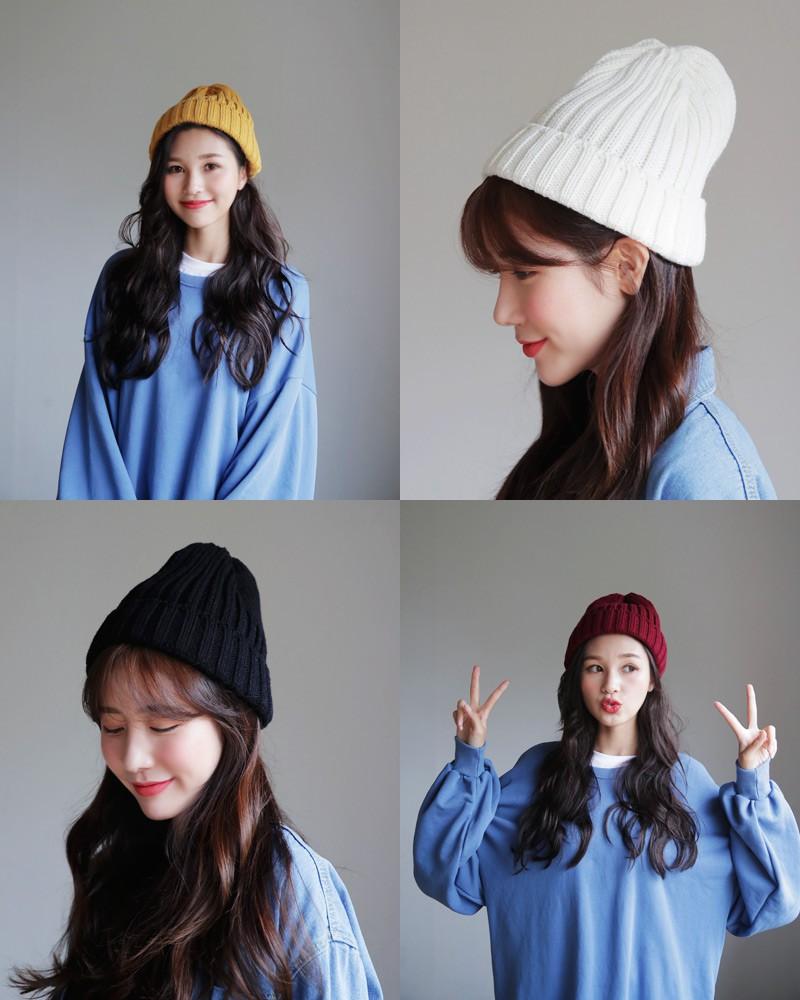 Mải mê diện mũ nồi, dễ là bạn đã bỏ lỡ hàng loạt kiểu mũ len xinh xắn của mùa đông năm nay đấy - Ảnh 7.