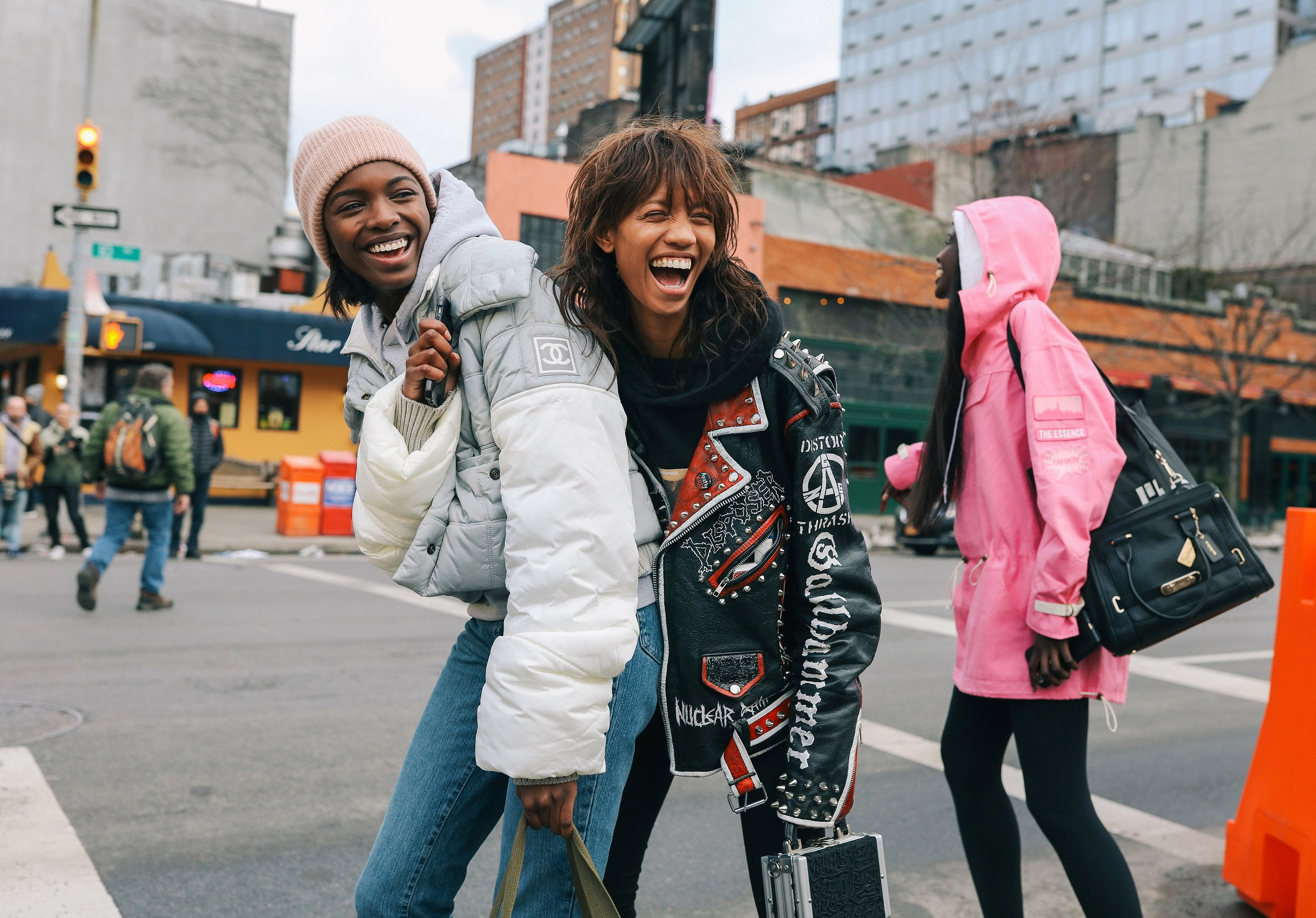 Chiêm ngưỡng đặc sản street style đẹp khó rời mắt tại Tuần lễ thời trang New York - Ảnh 10.