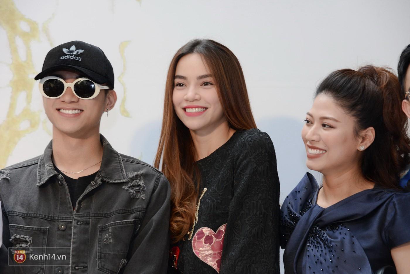 Sơn Tùng và Soobin Hoàng Sơn gây thích thú khi xuất hiện như anh em sinh đôi tại sự kiện - Ảnh 16.