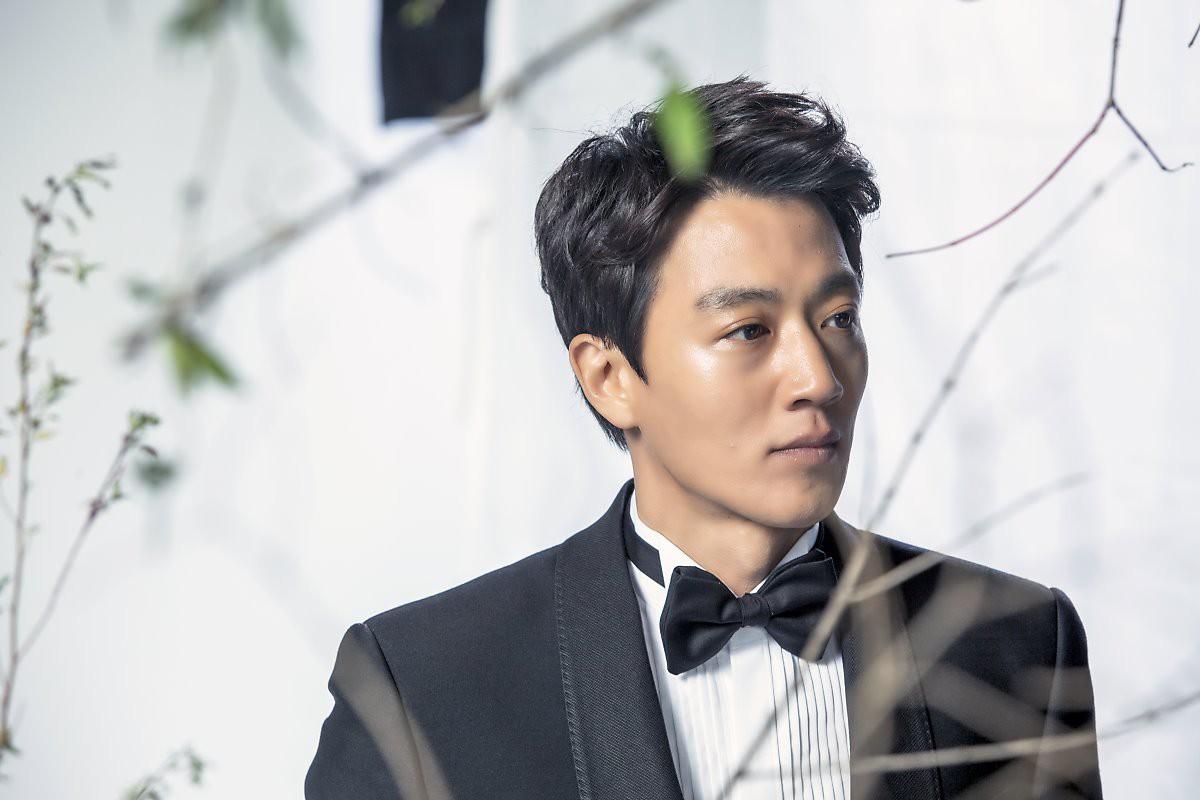 Phim của Yoo Seung Ho bị Kỵ Sĩ của Shin Se Kyung vượt mặt ngay tập đầu - Ảnh 8.