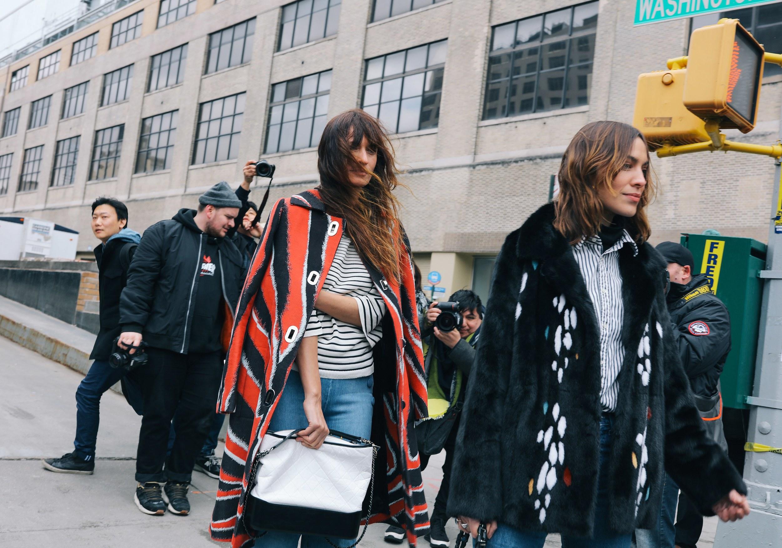 Chiêm ngưỡng đặc sản street style đẹp khó rời mắt tại Tuần lễ thời trang New York - Ảnh 12.