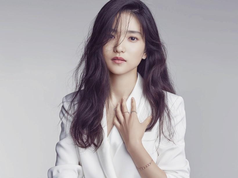 Công bố danh sách 10 nữ diễn viên quyền lực nhất điện ảnh Hàn 2017 - Ảnh 9.