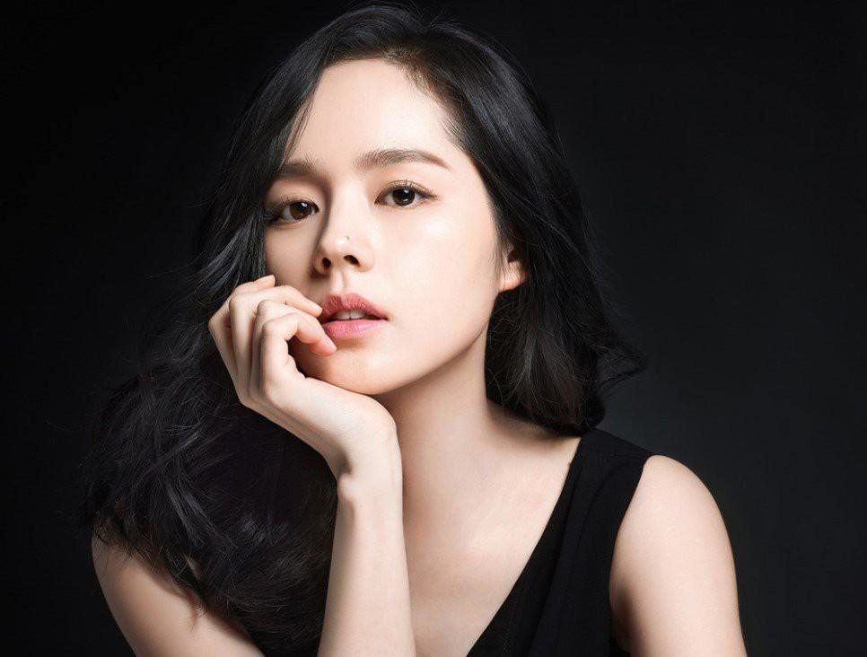 Ngán tận cổ 7 sao nữ Hàn nhan sắc thuộc hàng cực phẩm nhưng cứ lên phim là thần thái về 0 - Ảnh 9.