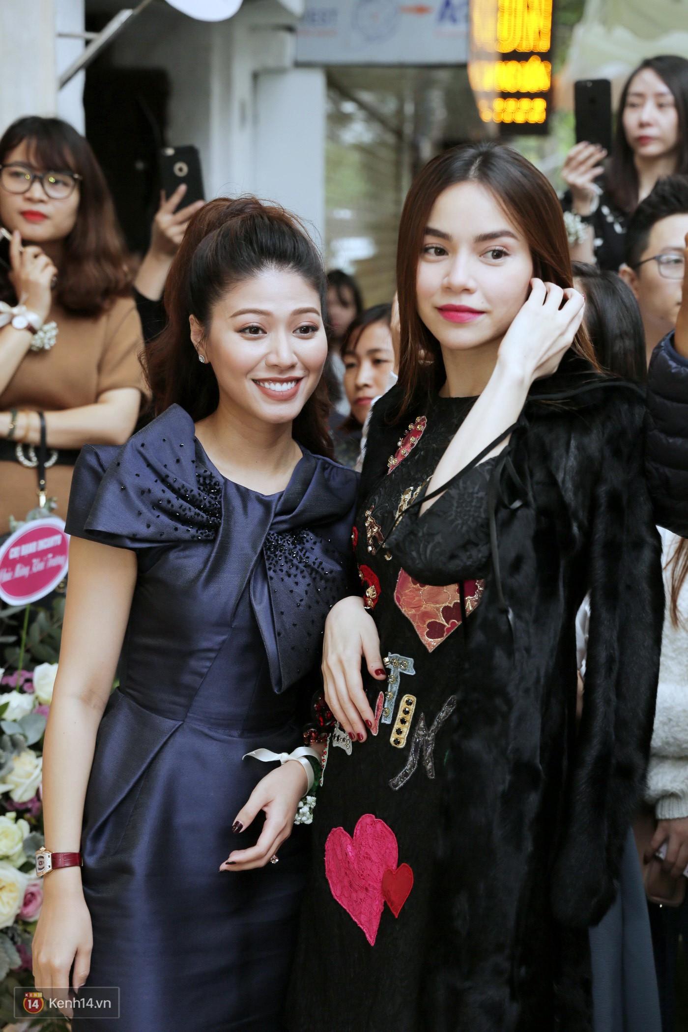 Sơn Tùng và Soobin Hoàng Sơn gây thích thú khi xuất hiện như anh em sinh đôi tại sự kiện - Ảnh 17.