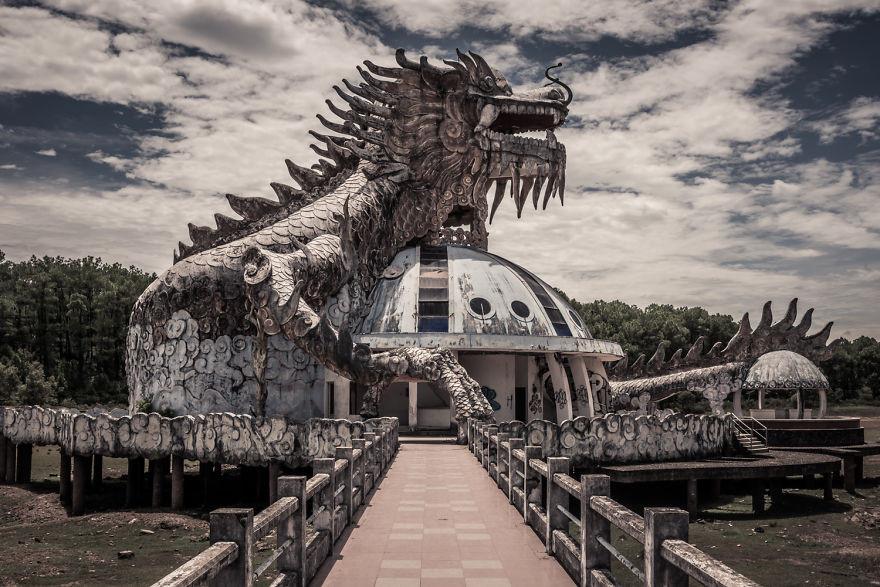 5 công trình bị bỏ hoang tại Việt Nam, muốn có những bức ảnh kì bí hết cả hồn thì nhất định phải đến! - Ảnh 19.