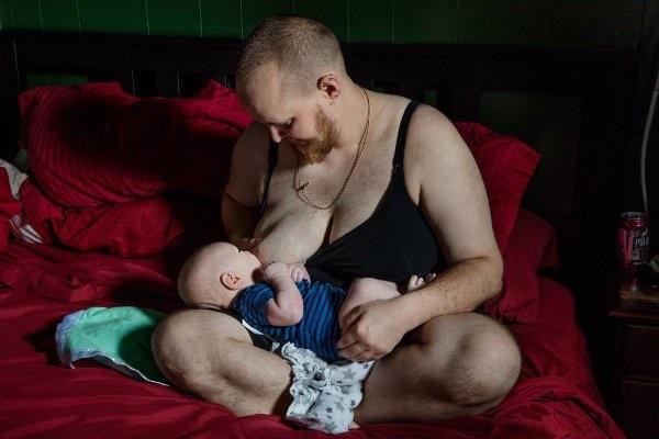 Câu chuyện ông bố tự sinh con sẽ khiến bạn cảm nhận tình phụ tử thiêng liêng biết nhường nào - Ảnh 1.