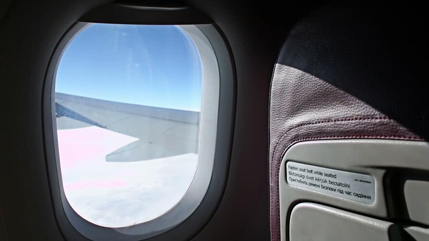 Vì sao chúng ta nên tắt điện thoại khi lên máy bay? - Ảnh 4.