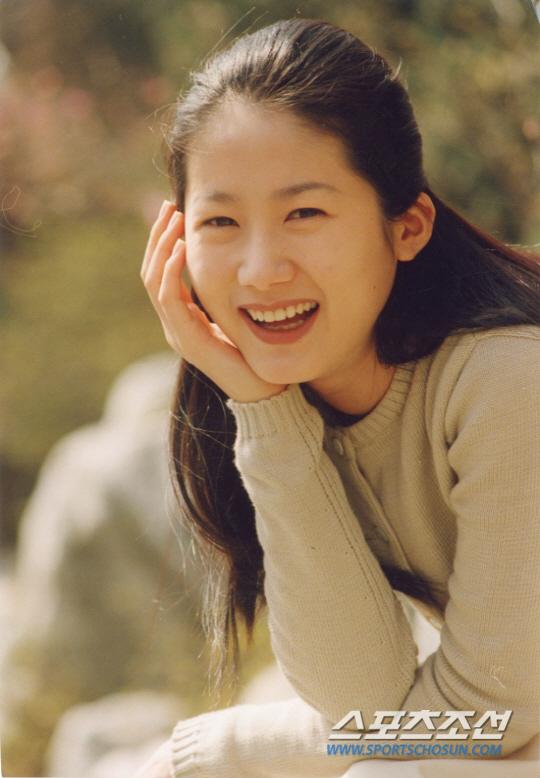 Trước Kim Tae Hee, đây là những tượng đài nhan sắc đại diện cho cả làng giải trí Hàn - Ảnh 1.