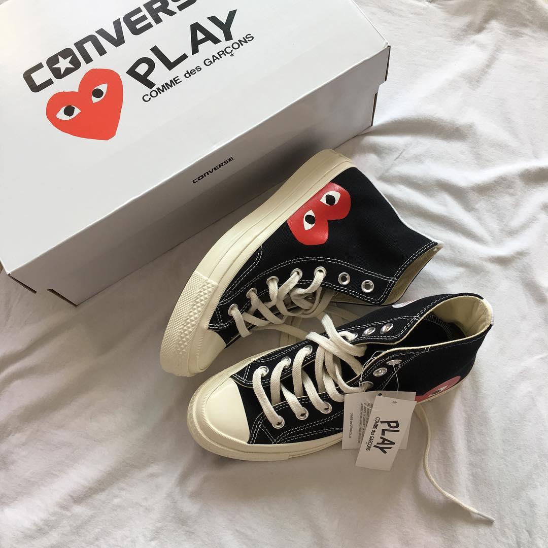 converse play heart