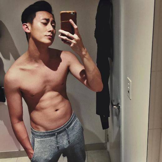 Rocker Nguyễn bất ngờ để lộ bụng mỡ, thân hình kém săn chắc - Ảnh 5.