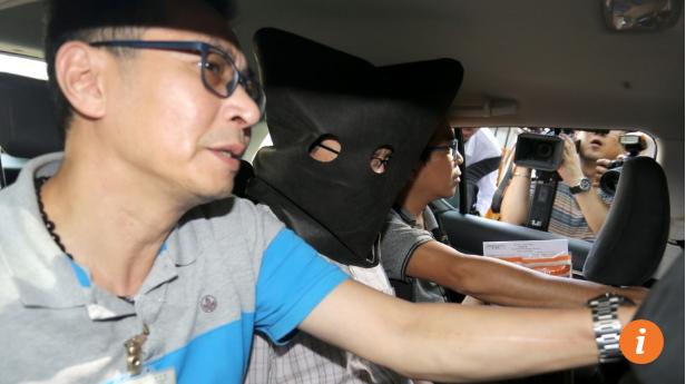 2 năm sau ngày vợ con chết trong ô tô khóa chặt, phó giáo sư Đại học danh tiếng hàng đầu Hong Kong bị bắt giữ vì âm mưu giết người - Ảnh 2.
