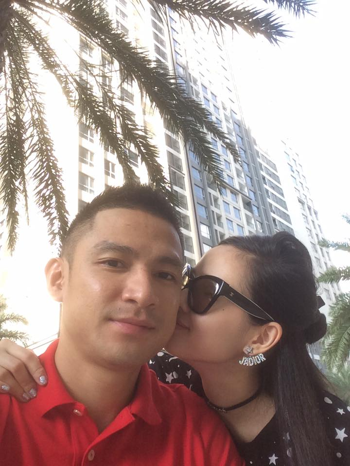 Hậu ồn ào tình cảm với Maya, chồng Tâm Tít khoe ảnh ngọt ngào bên vợ - Ảnh 1.