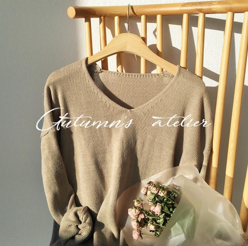 Áo dệt kim: lại thêm chiếc áo không thể thiếu của mùa thu bởi nàng nào diện vào cũng dịu dàng hơn bội phần - Ảnh 1.