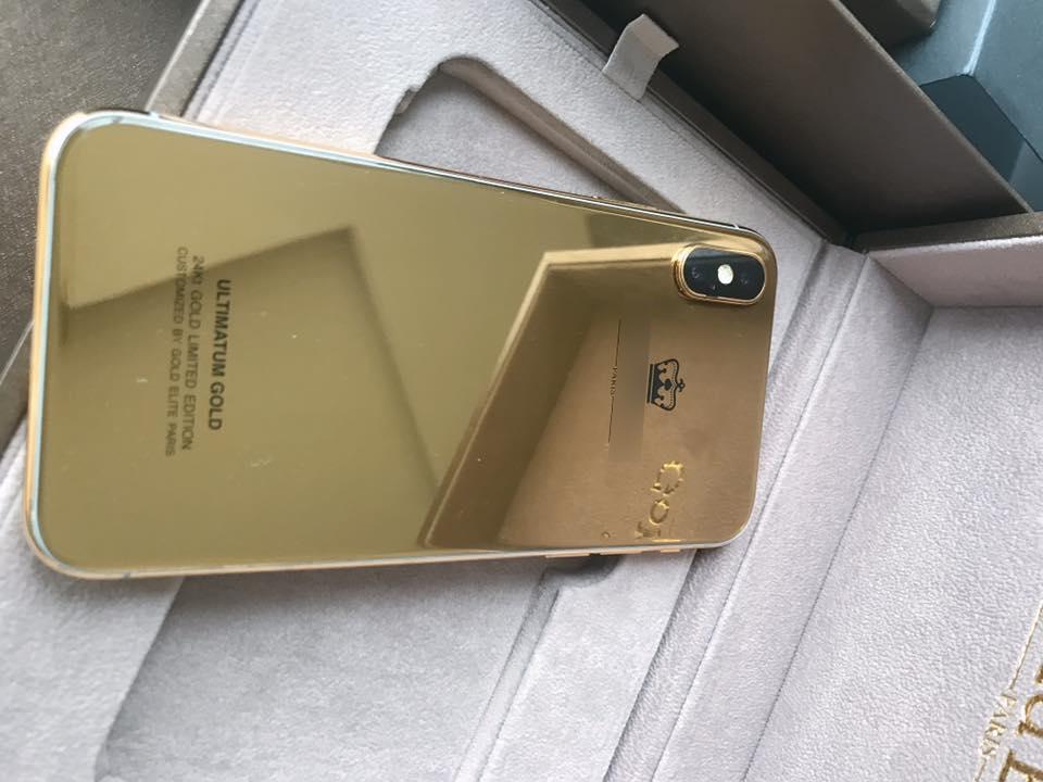 Bỏ gần 1 tỷ độ iPhone X vàng nguyên khối đầu tiên tại Việt Nam, thế mới thấy dân ta chịu chơi đến nhường nào - Ảnh 4.