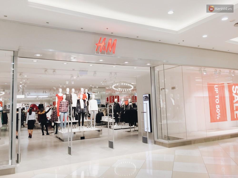 Thông báo sale tới 50%, H&M khiến tín đồ thời trang Hà Nội hụt hẫng vì sale quá ít đồ và không sale đồ Đông - Ảnh 11.