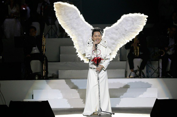 Vũ Hà đá thẳng clip Tùng Dương hát bolero: Giọng hát quanh co như đang leo đèo trong đêm Noel - Ảnh 4.