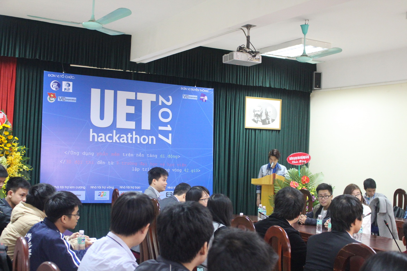 Khai mạc UET Hackathon 2017 - Nơi các anh tài công nghệ được hội tụ và thỏa sức sáng tạo - Ảnh 3.