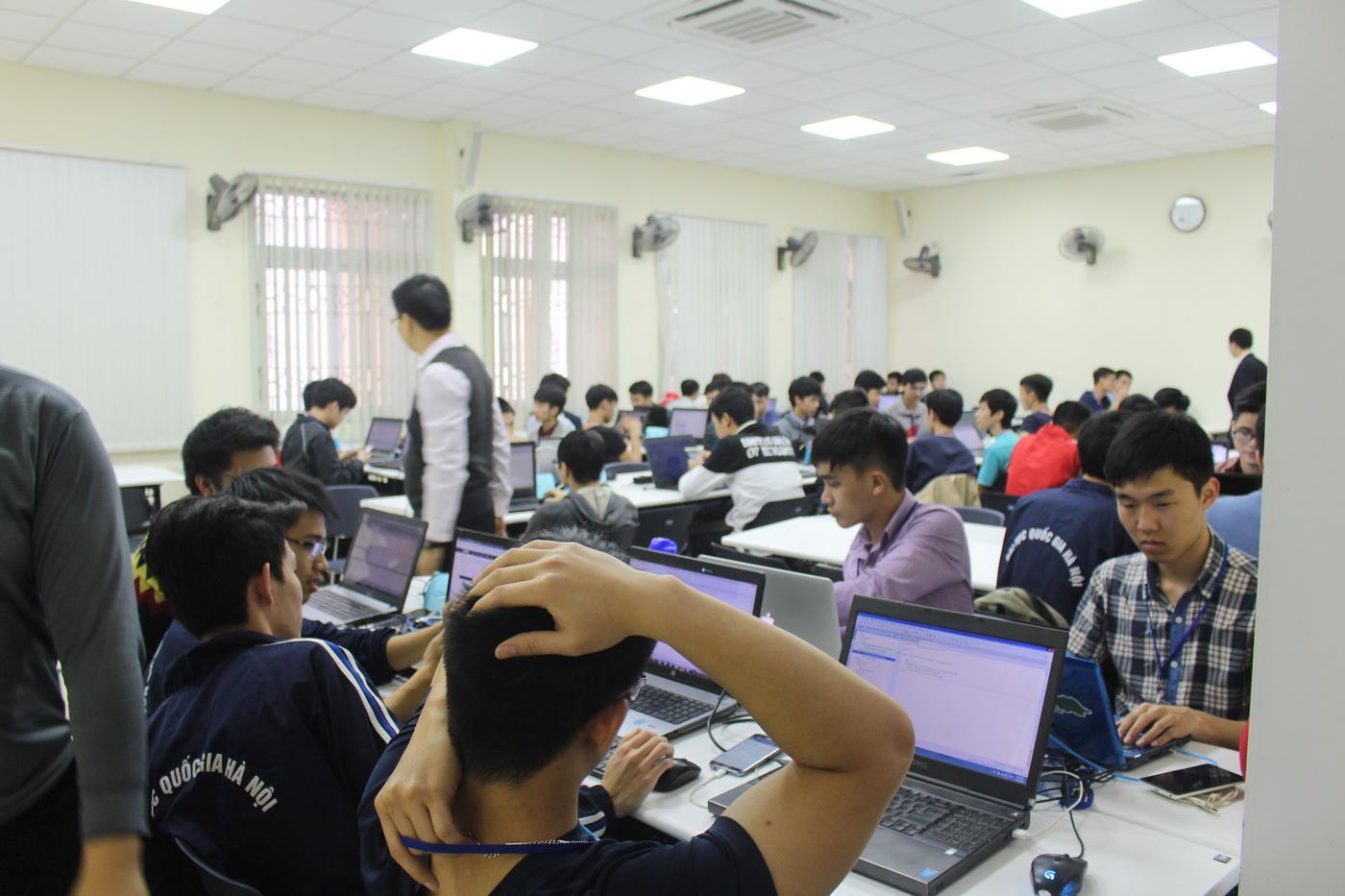 Khai mạc UET Hackathon 2017 - Nơi các anh tài công nghệ được hội tụ và thỏa sức sáng tạo - Ảnh 14.