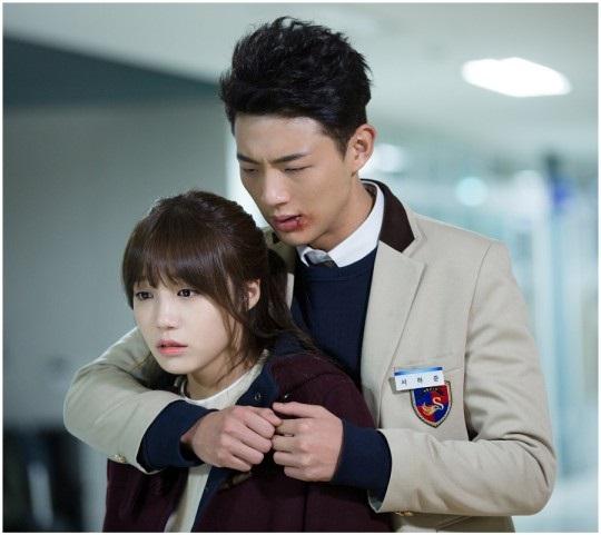 """Hai trai trẻ gây thương nhớ bên cạnh đàn chị Park Bo Young trong """"Do Bong Soon"""" - Ảnh 9."""