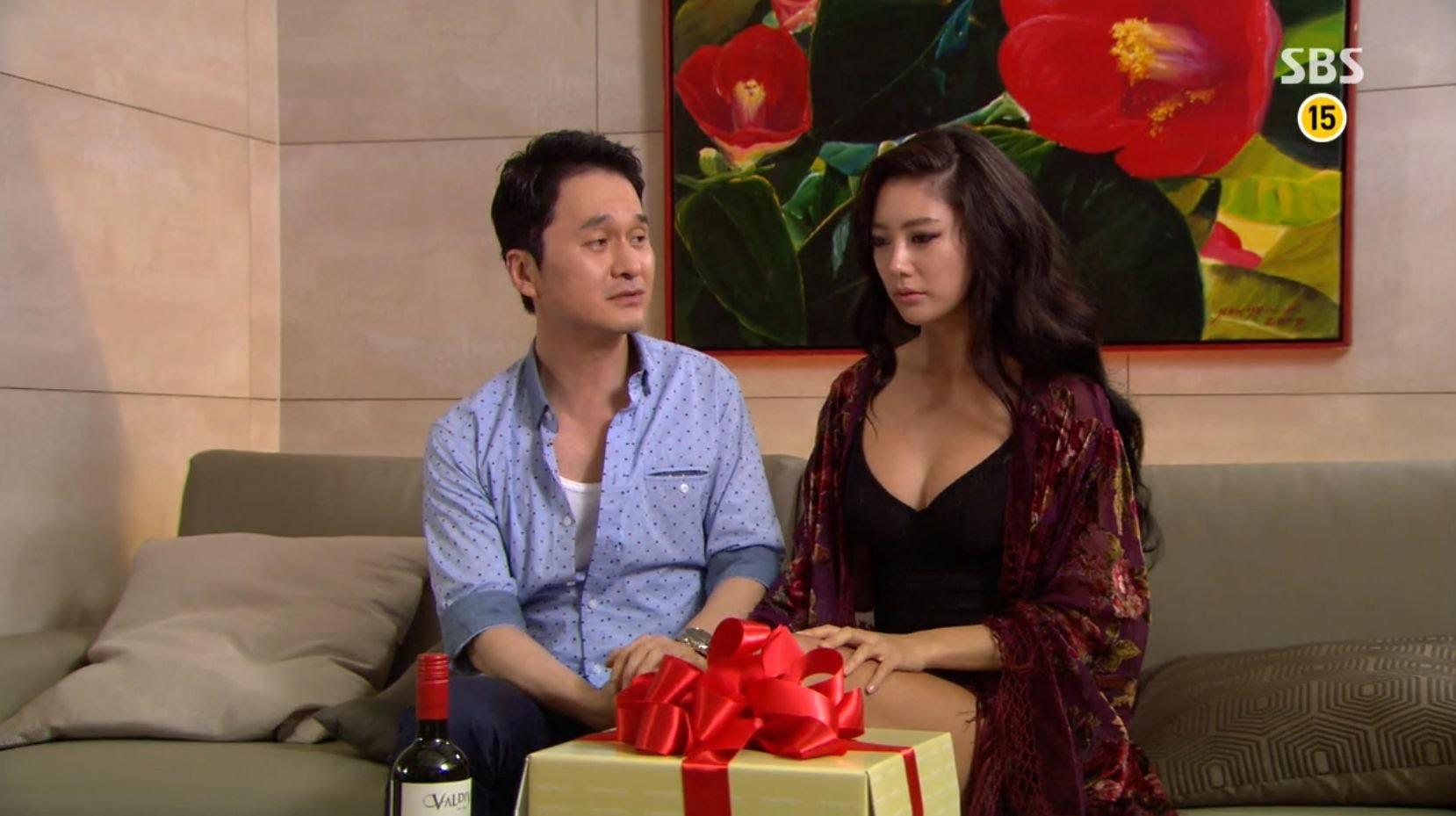 Top sao nữ ngực khủng nhất xứ Hàn: Cứ đóng phim là phải khoe vòng 1 bức tử? - Ảnh 8.