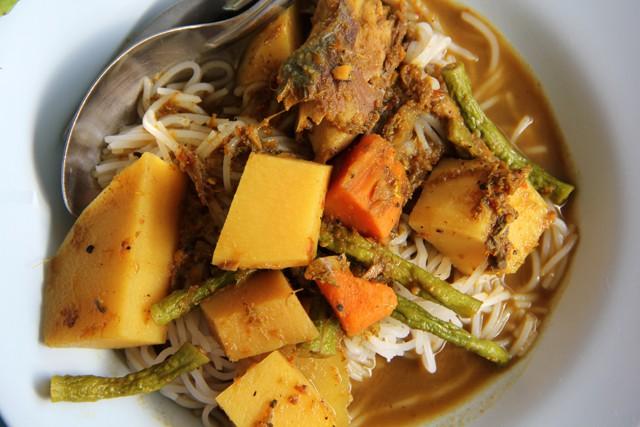 Không chỉ lẩu Thái Tomyum, xứ sở Chùa Vàng còn có đến 10 món cay xé lưỡi - Ảnh 10.