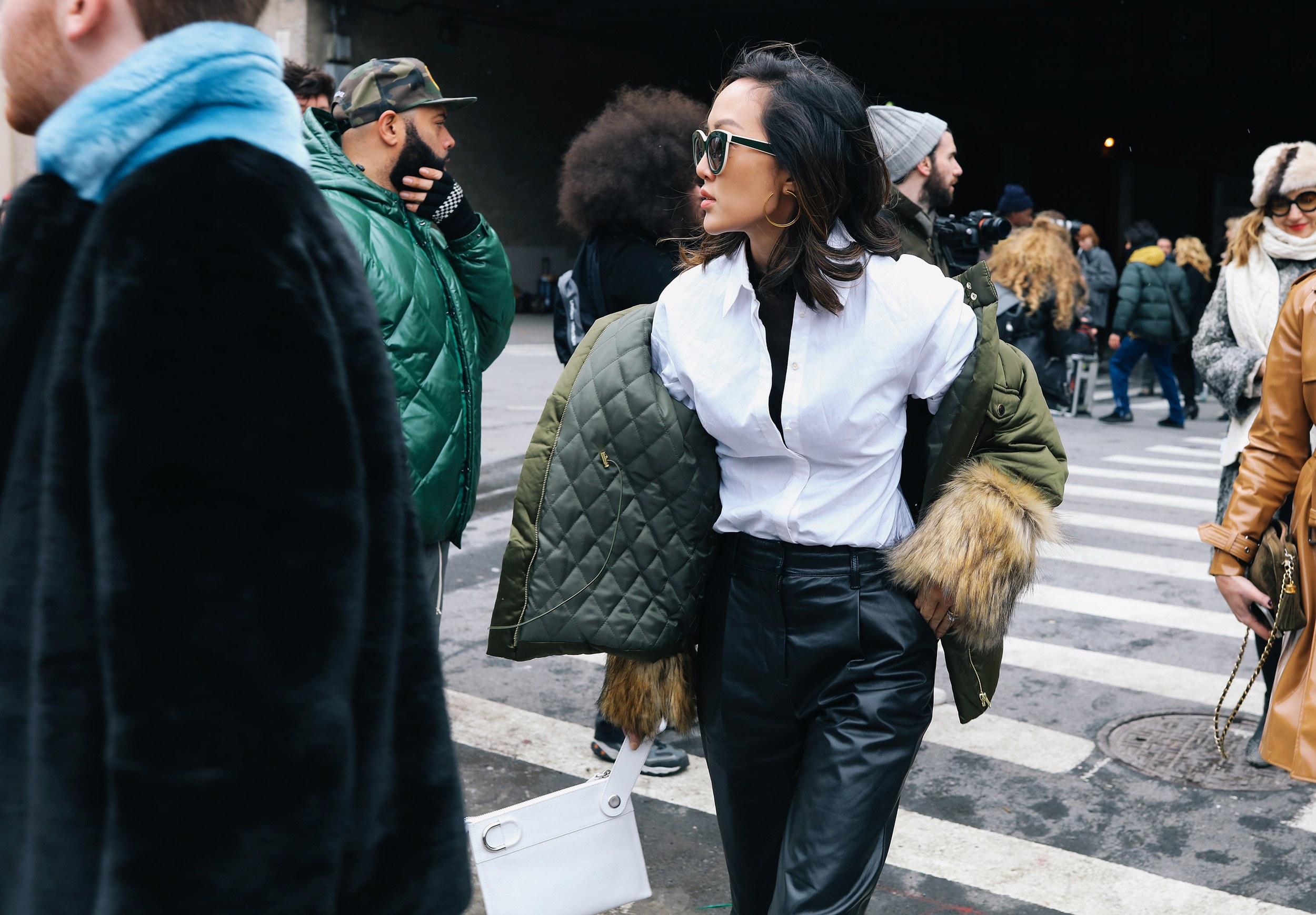 Chiêm ngưỡng đặc sản street style đẹp khó rời mắt tại Tuần lễ thời trang New York - Ảnh 14.