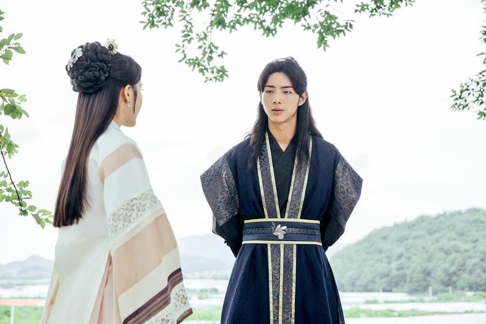 """Hai trai trẻ gây thương nhớ bên cạnh đàn chị Park Bo Young trong """"Do Bong Soon"""" - Ảnh 10."""