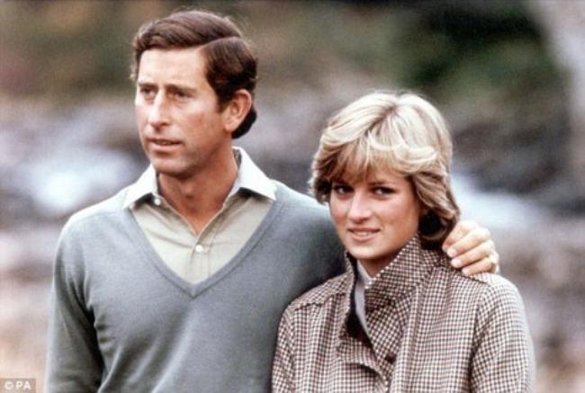 Phía sau đám cưới cổ tích là chuyện tình bi thương và cuộc đời đẫm nước mắt của Công nương Diana - Ảnh 8.