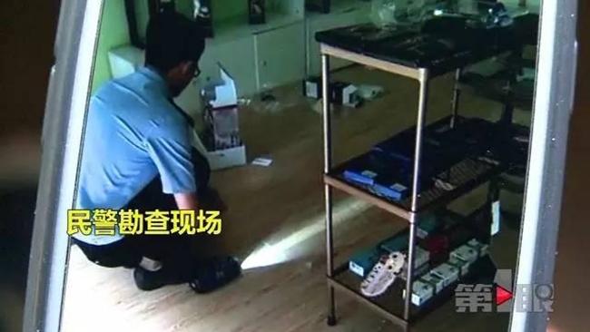 Ông chủ cửa hàng đồ chơi người lớn dở khóc dở cười vì tên trộm biến thái đột nhập thử mỗi thứ một tí - Ảnh 11.