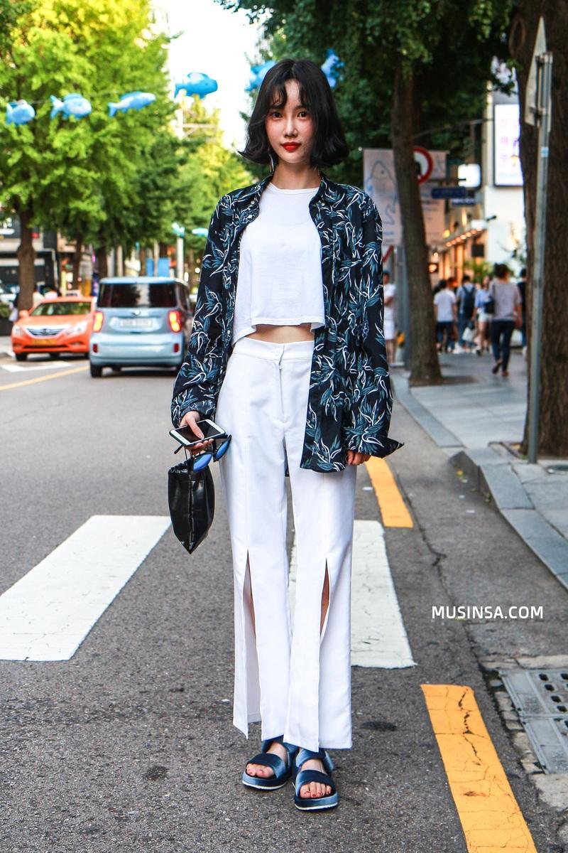 Giới trẻ Hàn sẽ khiến bạn xuýt xoa với street style chất mà chẳng cần phải cố đơn giản nhưng hút mắt quá đỗi - Ảnh 10.