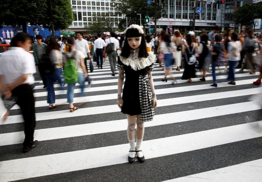Chân dung búp bê sống tại Nhật Bản: Khi ranh giới giữa người và búp bê gần như bị xóa nhòa - Ảnh 5.
